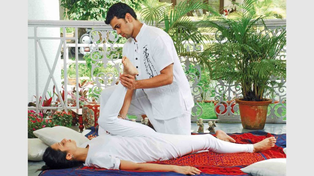 What Does Yoga Anatomy And Physiology Have to Do With Massage Therapy